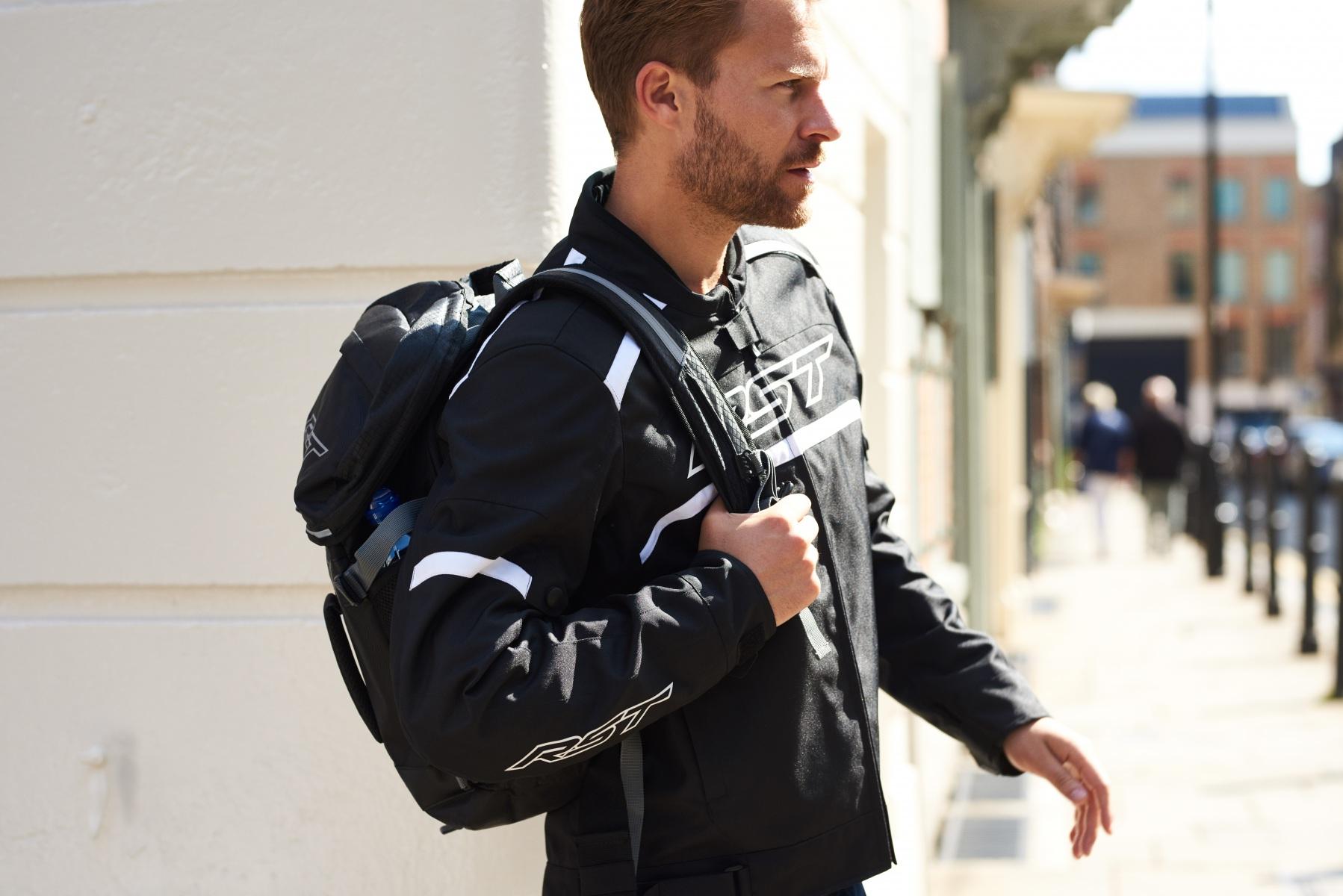 102368-rst-pilot-textile-jacket-black-lifestyle-02