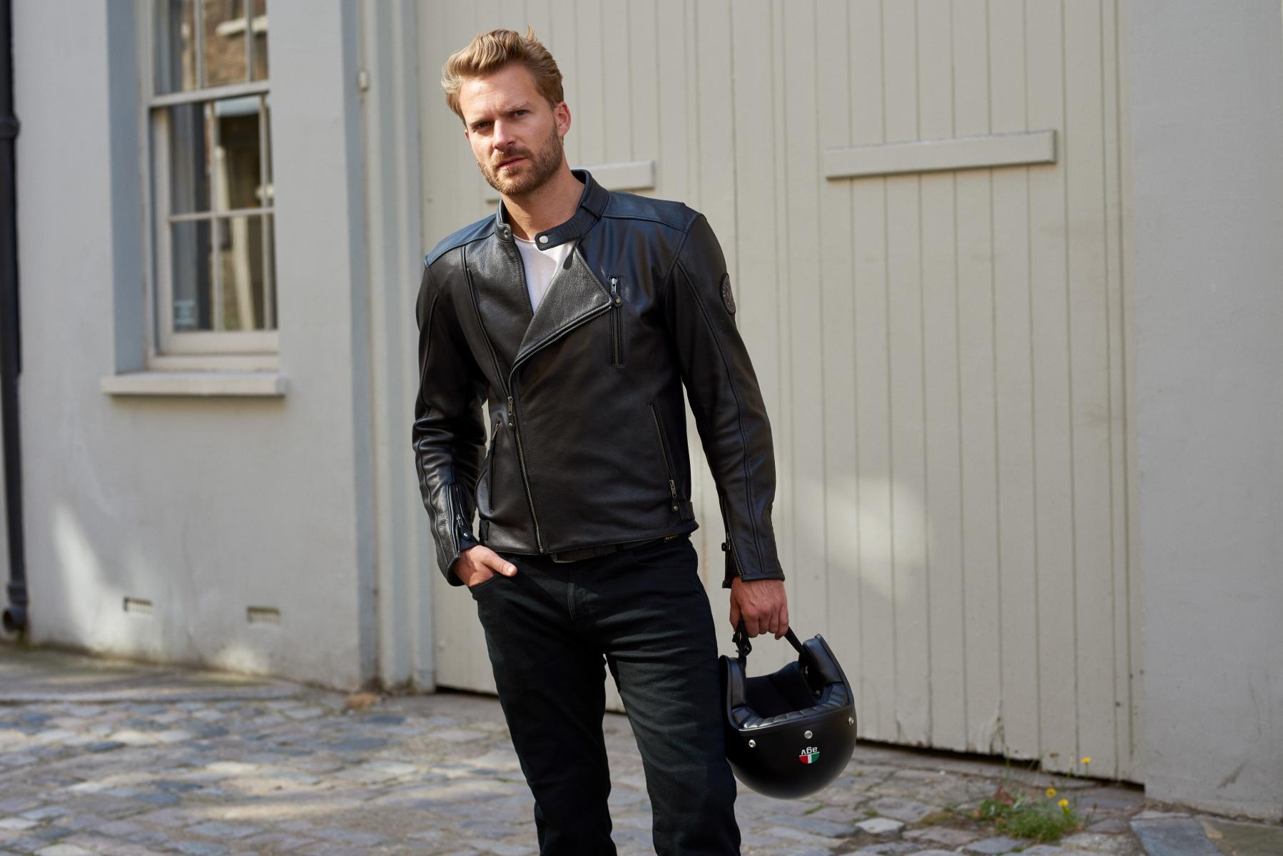 102376-rst-matlock-leather-jacket-black-lifestyle-01