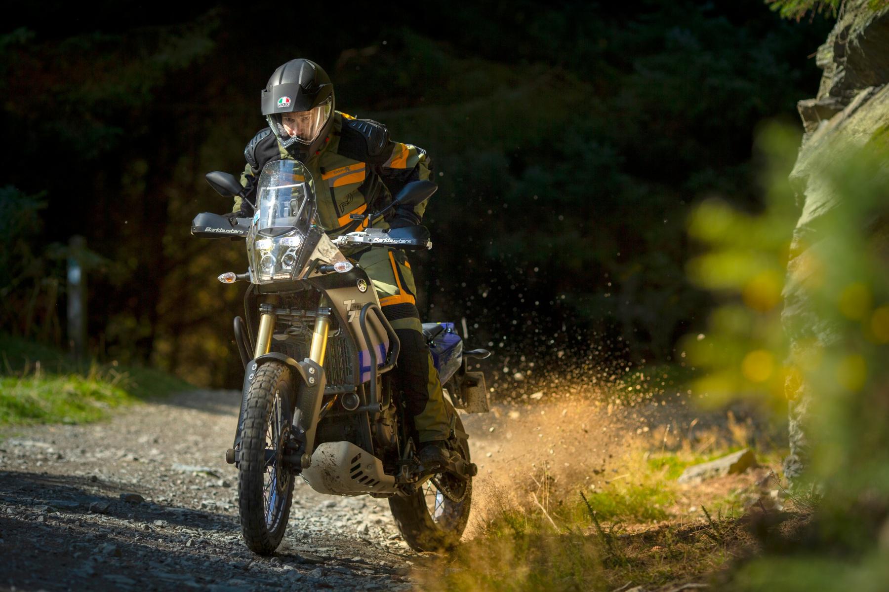 102409-rst-pro-series-adventure-x-jacket-green-lifestyle-01