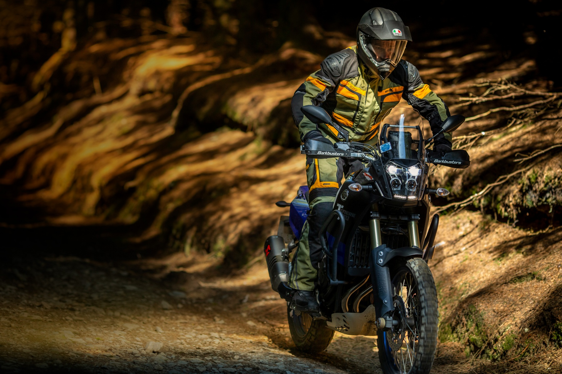 102409-rst-pro-series-adventure-x-jacket-green-lifestyle-02