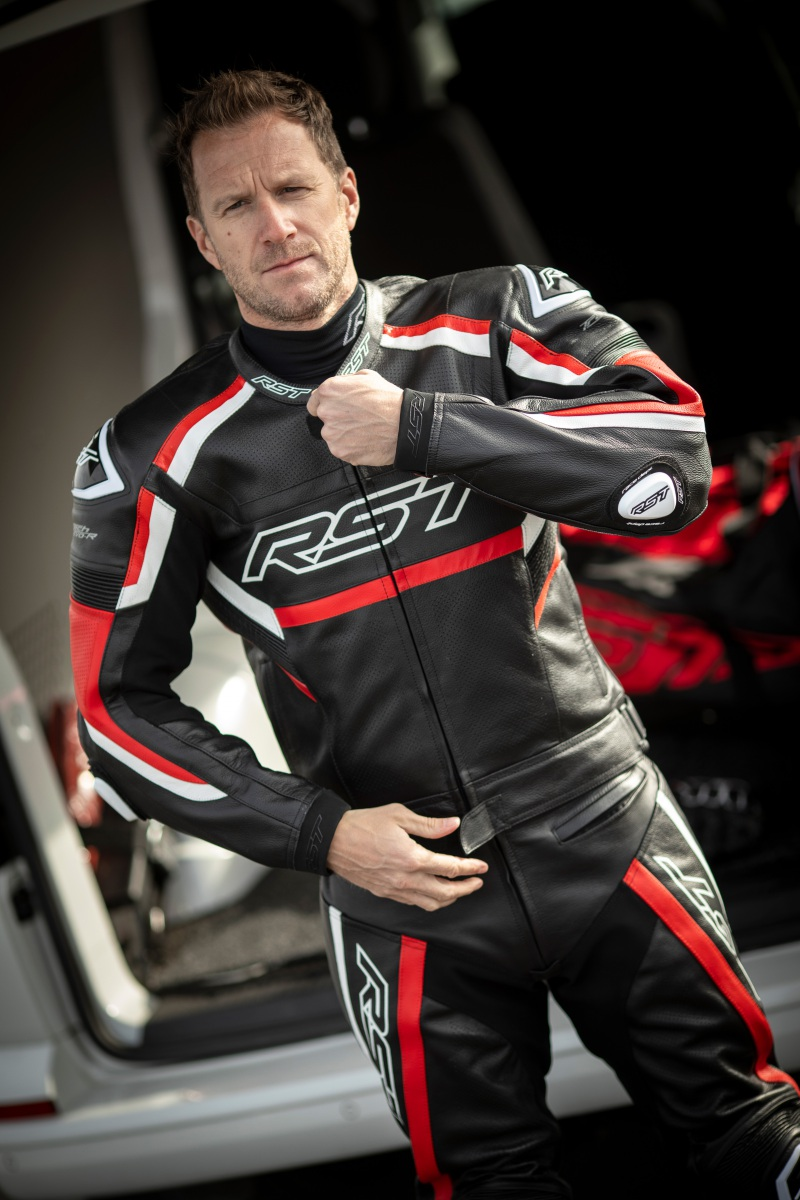 102461-rst-tractech-evo-r-leather-jacket-red-lifestyle-01