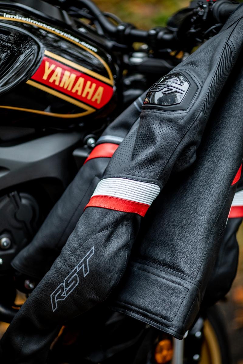 102530-rst-sabre-ce-mens-leather-jacket-2