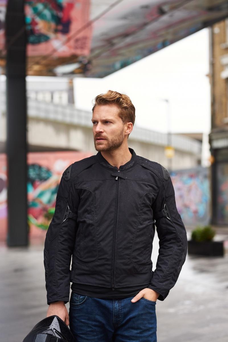 102974-rst-gt-airbag-textile-jacket-black-lifestyle-01